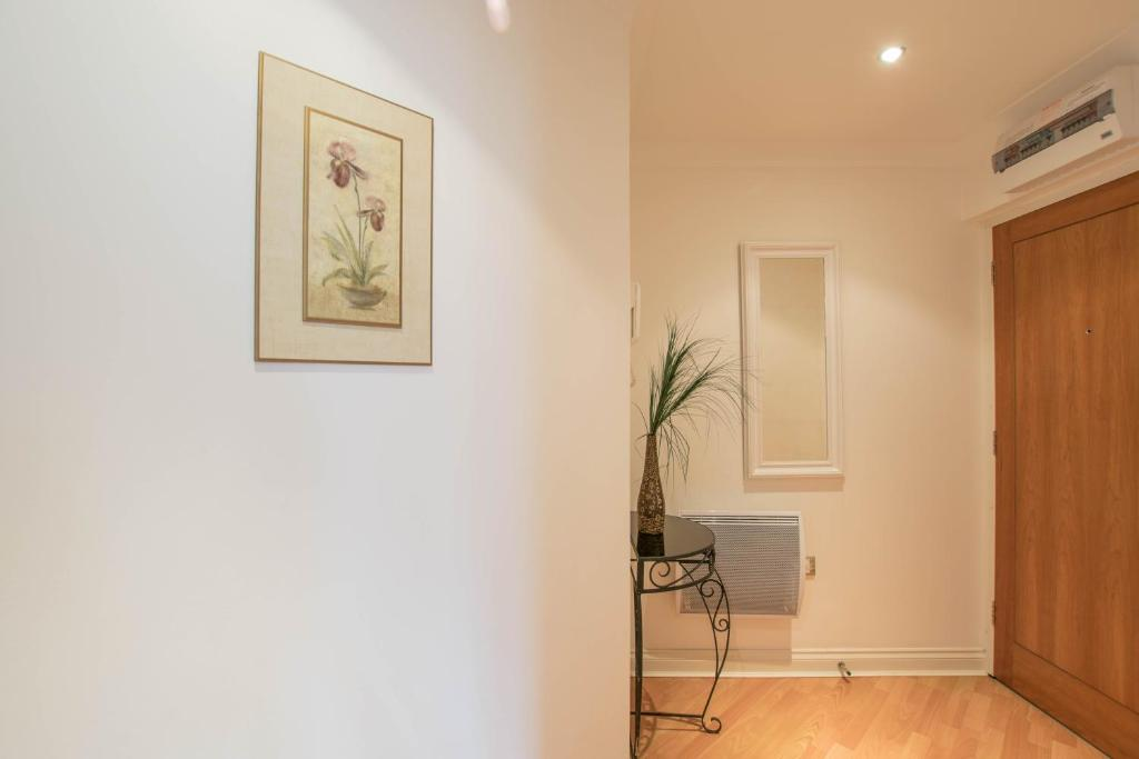 Apartment Riverside House, Reading, UK - Booking.com