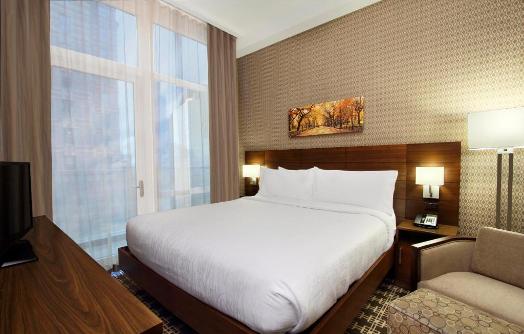 Hilton Garden Inn New York/Midtown Park Avenue Reserve Now. Gallery Image  Of This Property Gallery Image Of This Property Gallery Image Of This  Property ...