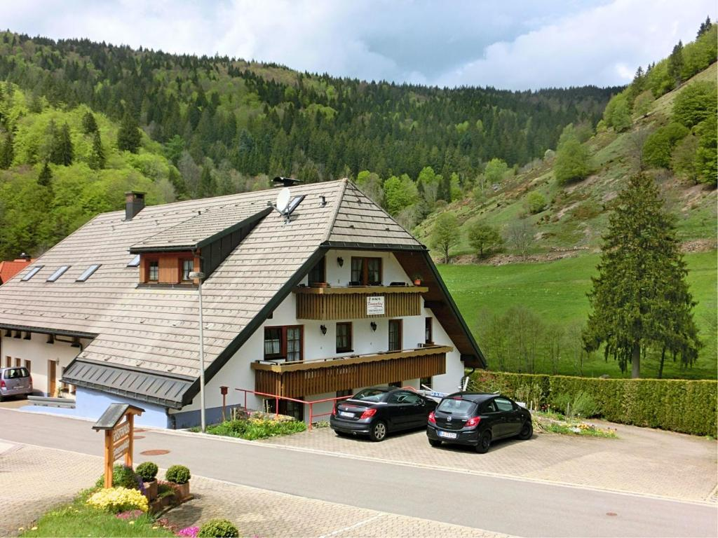 Apartment haus rosenhof 1 brandenberg germany for Apartment haus