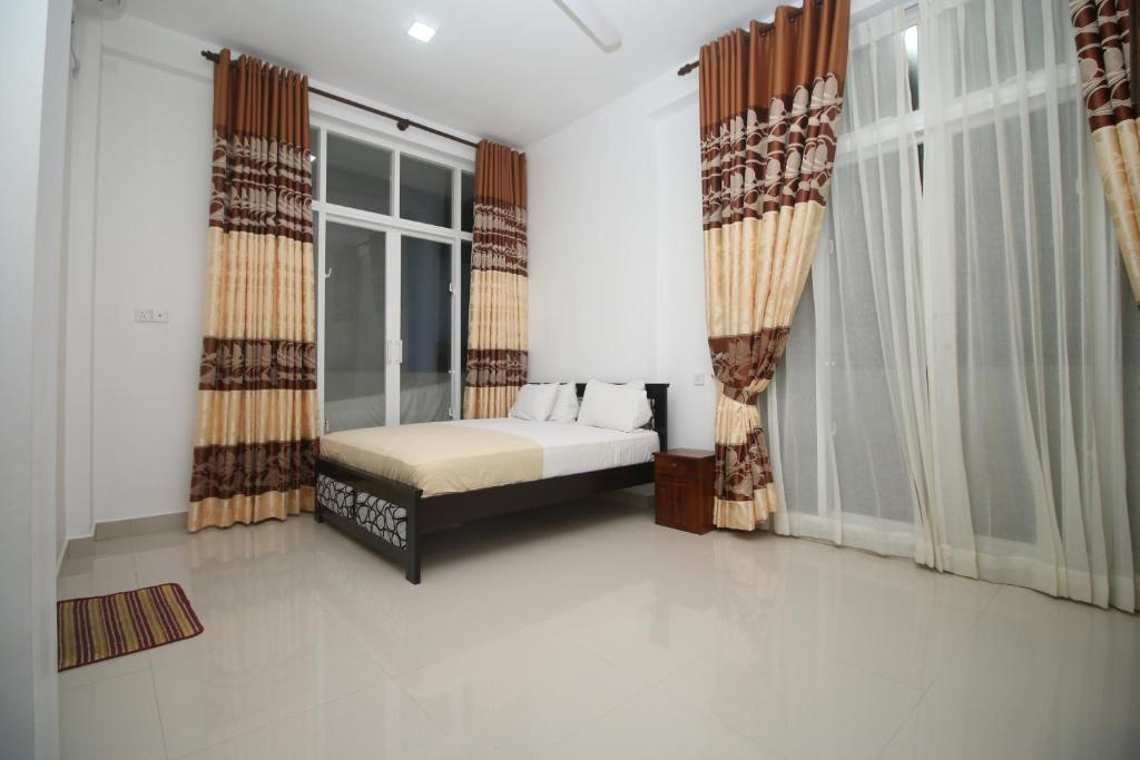 Two Bedroom Serviced Apartment Mount Lavinia Sri Lanka Booking Com
