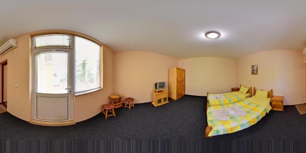 Хотелски комплекс Комплекс Магията на Рила - манастир