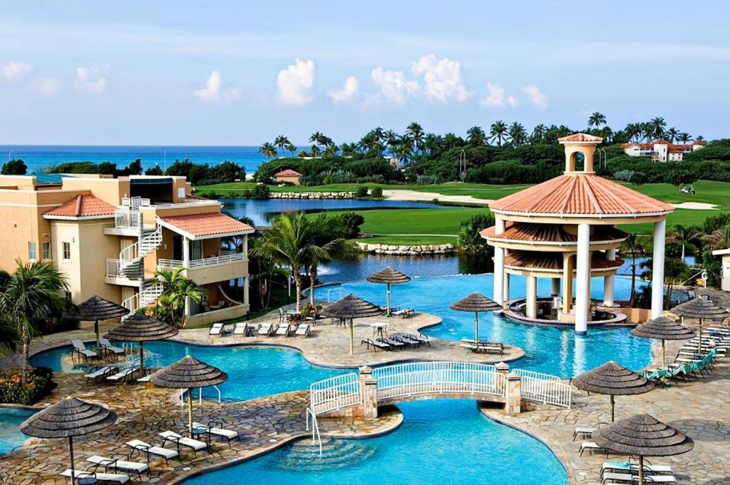 Executive real estate at divi golf palm eagle beach - Divi golf and beach resort ...
