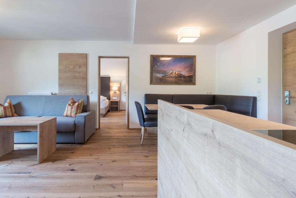 Bett Im Schlafzimmer Design Modern Italienisch Lecomfort , Aparthotel Panorama Italien Gais Booking