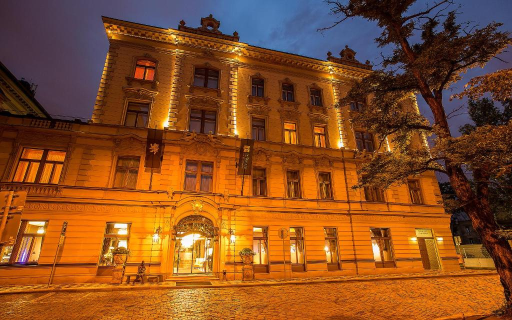 palais art hotel prague czech republic