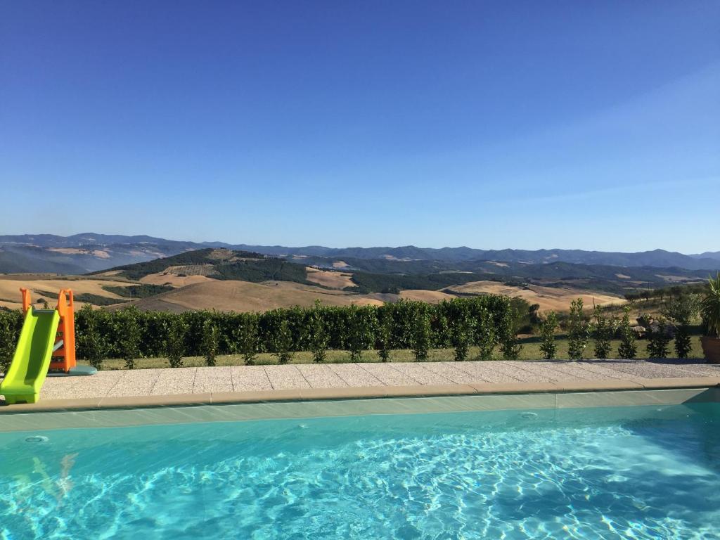 The swimming pool at or close to Agriturismo Casallario