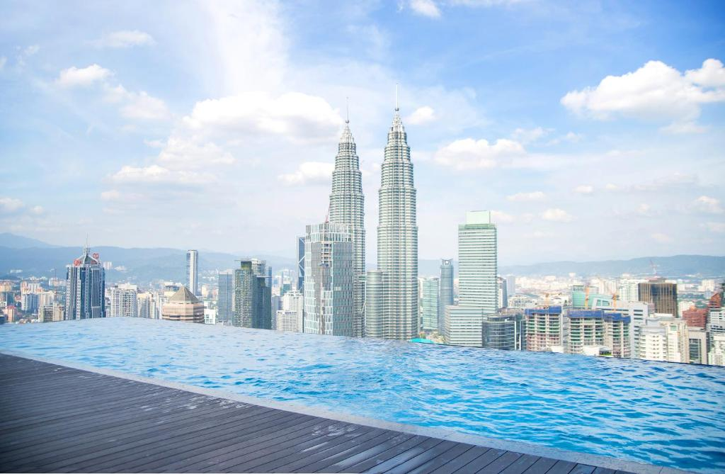 Mint space luxury suite kuala lumpur updated 2019 prices for Best hotel swimming pool in kuala lumpur