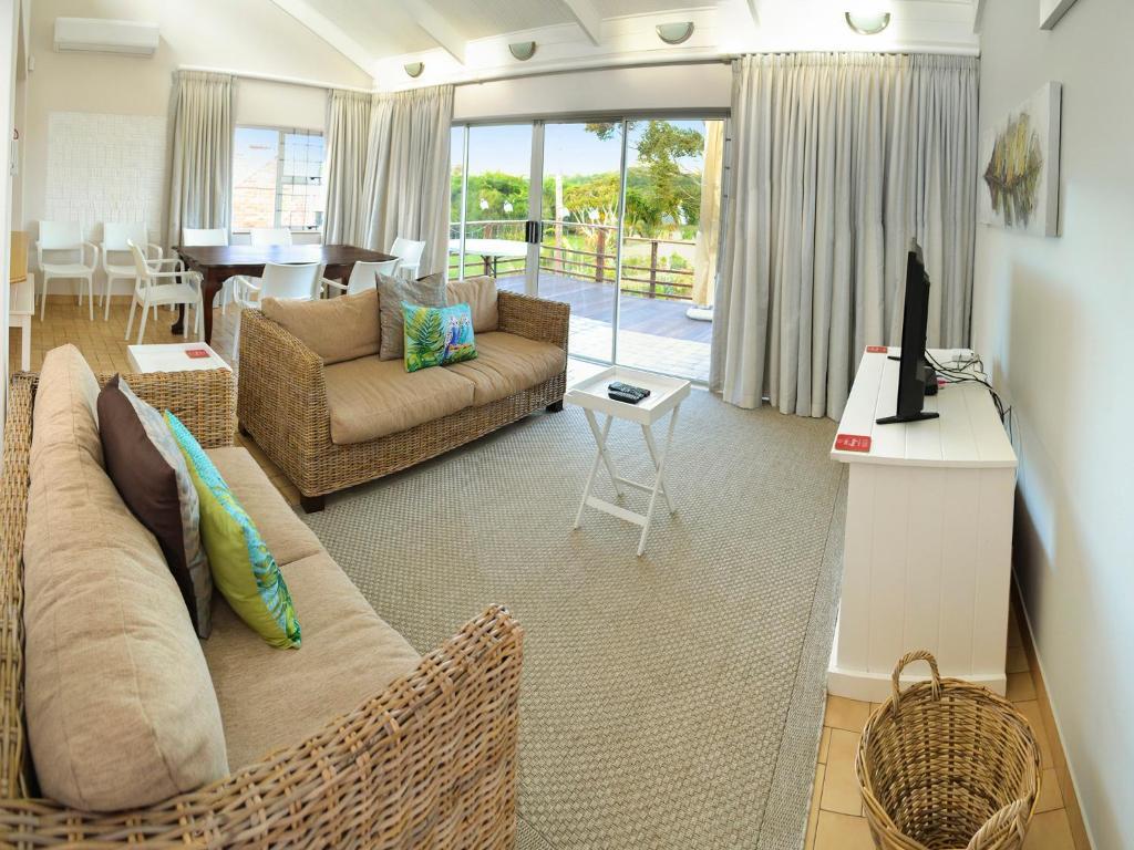 10 modern schlafzimmer bank designs, sundune guest house & self-catering, colchester, south africa, Design ideen