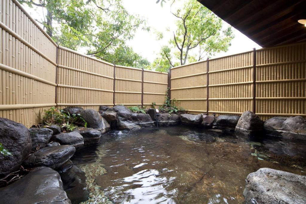 ポイント3.さらりとした湯布院の湯を楽しむお風呂