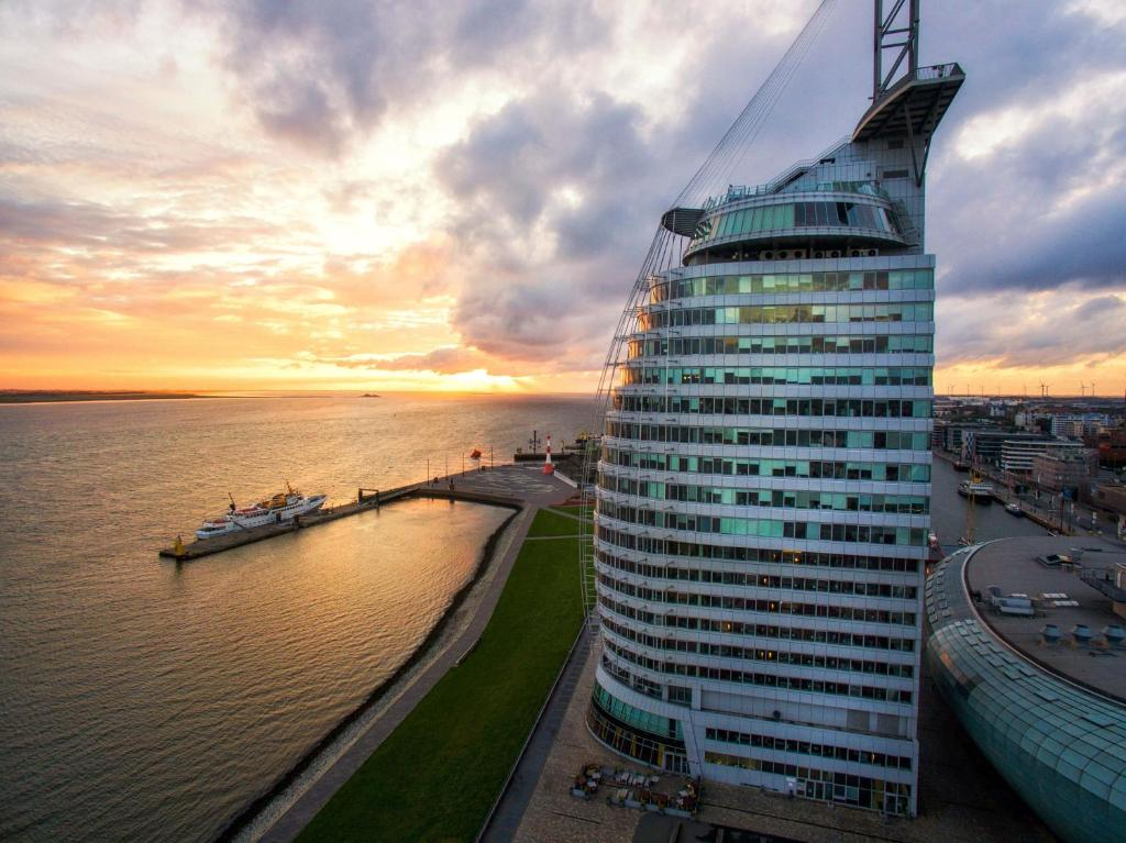 Atlantic Hotel Sail City Deutschland Bremerhaven Booking Com