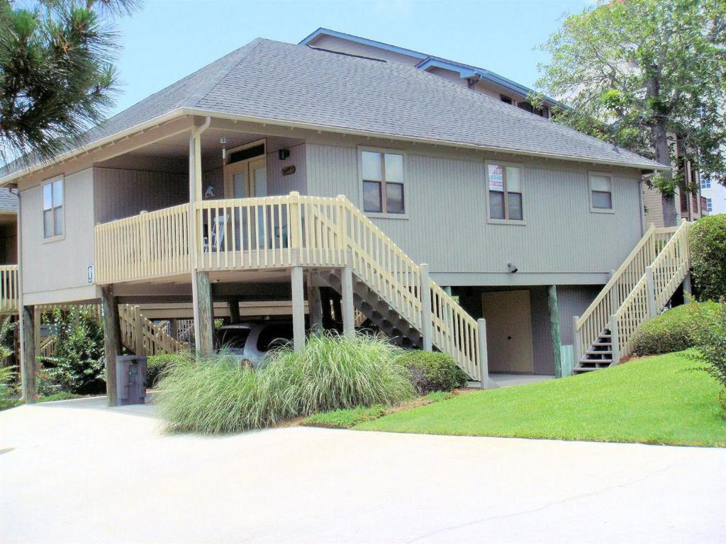 Guest Cottage #40 2nd Row & Beyond (P) Home, Myrtle Beach, SC ...