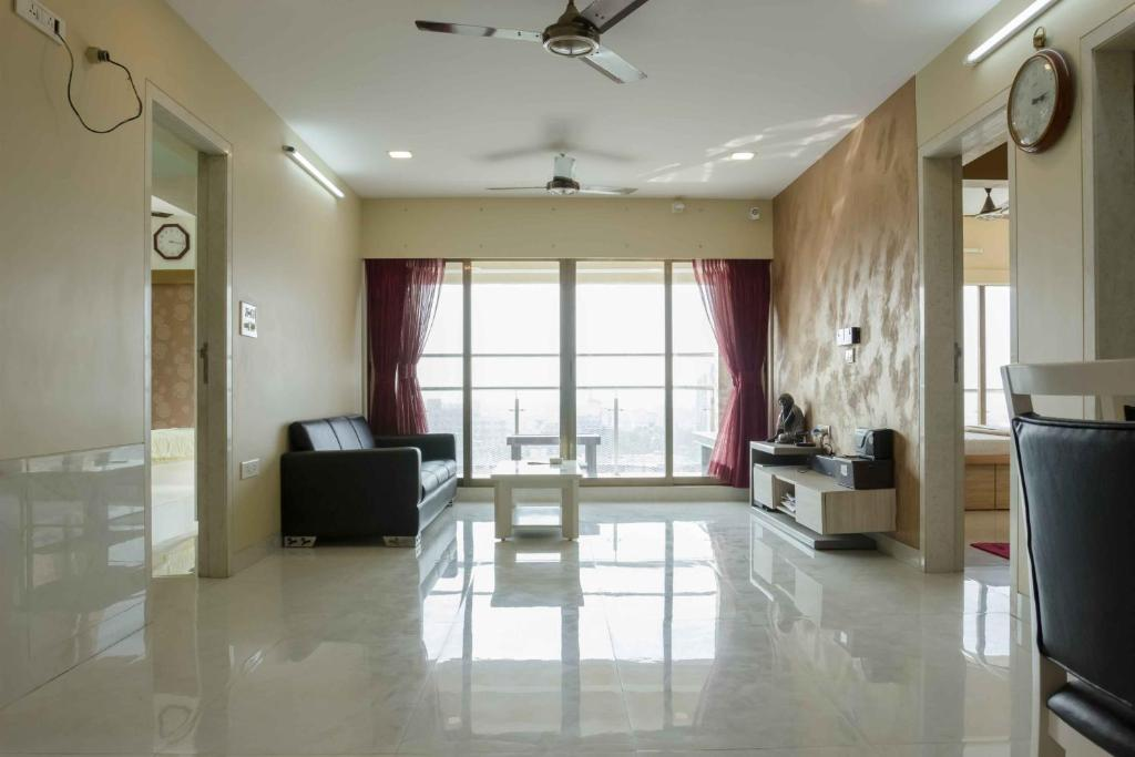 Seafacing 3 Bhk Apartment Mumbai India Booking Com