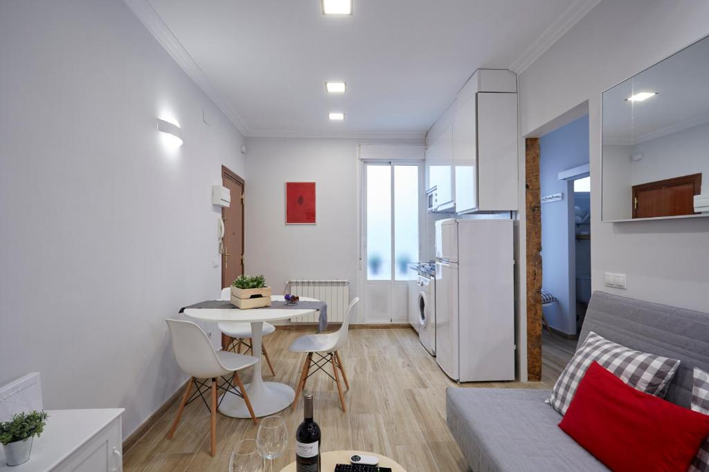 Apartment LEEWAYS LOFT in VALENCIA, Madrid, Spain - Booking.com