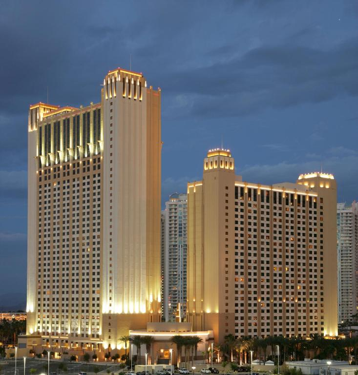 Resort Hilton Grand Vacations Suites Las Vegas NV Booking Simple 2 Bedroom Suites Las Vegas Strip