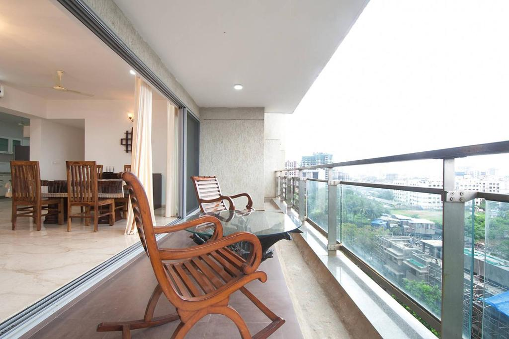 Isec Apartment Mumbai India Booking Com
