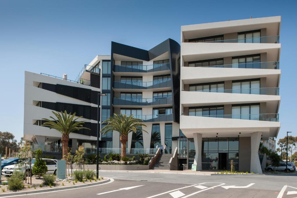 Sandy Hill Serviced Apartments, Sandringham, Australia ...