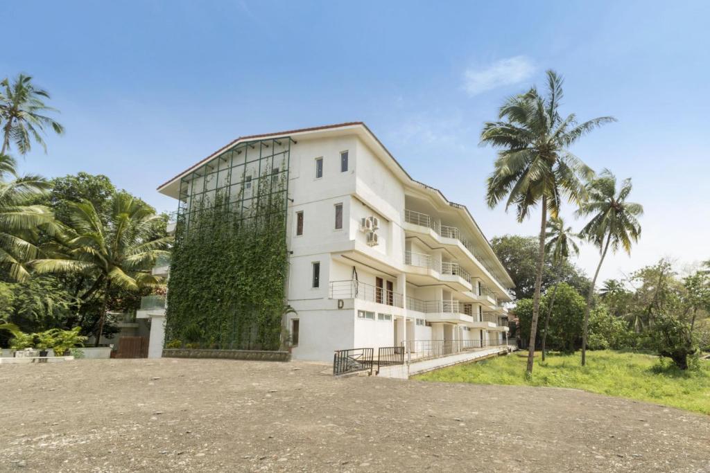Apartment Near Calangute Beach Goa By Guesthouser 52006 India