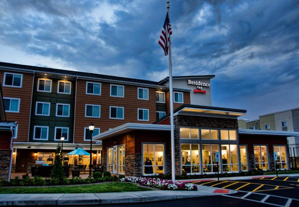 Nearby hotel : Residence Inn by Marriott Springfield South