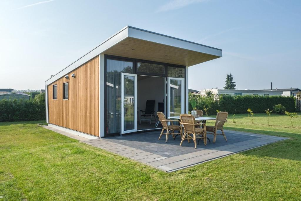 hotel luxe tiny house stroe netherlands booking com