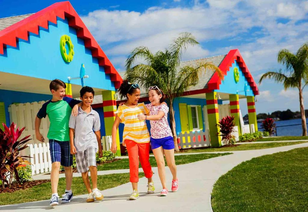 Mga batang naka-stay sa LEGOLAND® Florida Resort