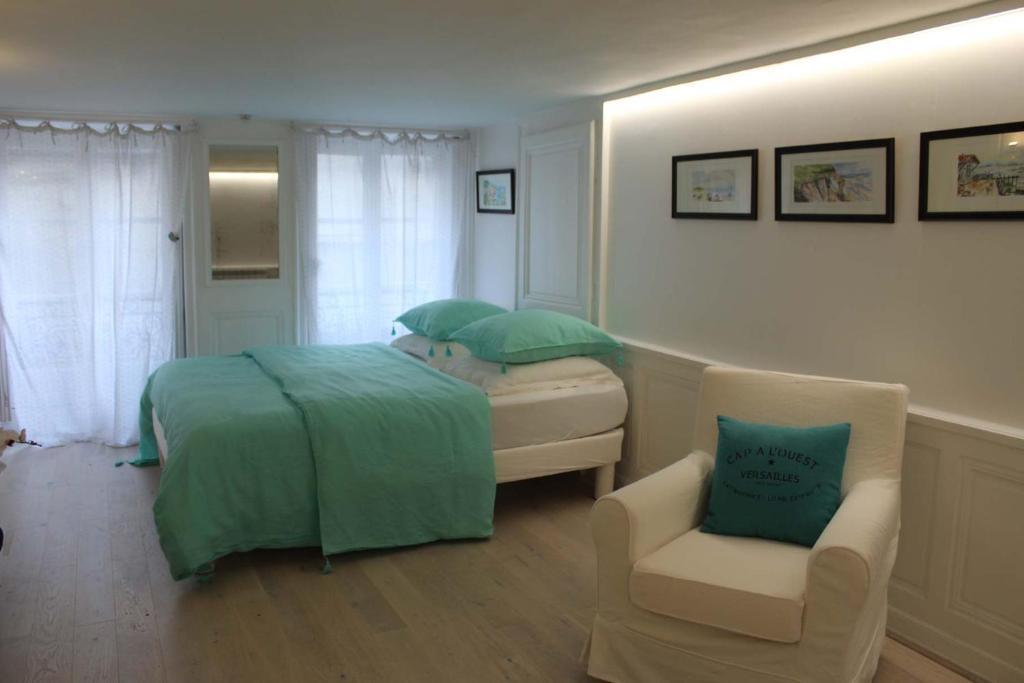 Apartments In Vaucresson Ile De France