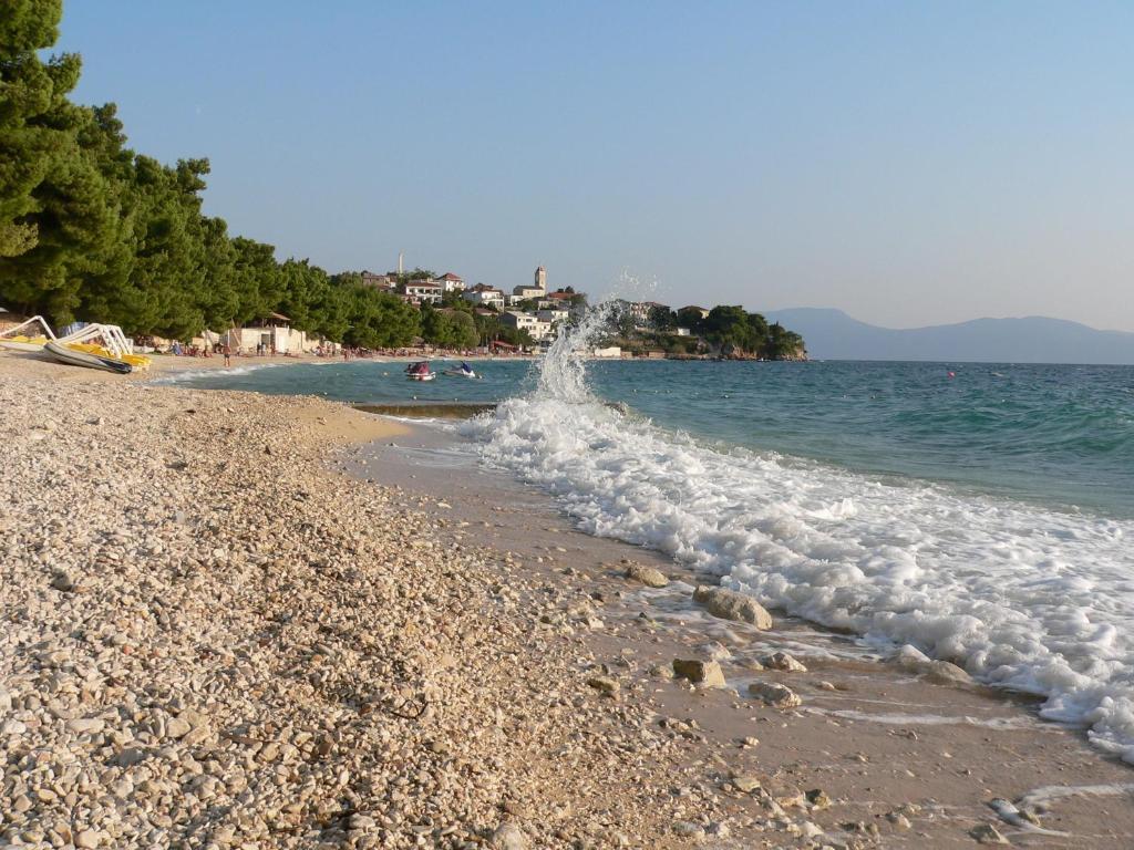 Hotel Labineca Gradac Croatia Booking Com