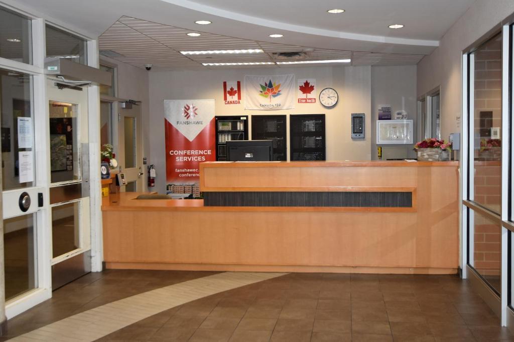 Condo Hotel Fanshawe College Residnce London Canada