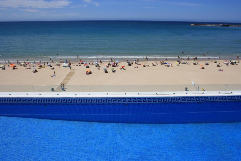 Apartamento playa barbate espa a barbate for Piscina trafalgar