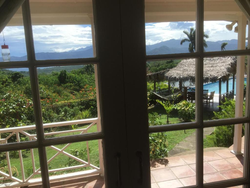 lodge green castle estate, mount pleasant, jamaica - booking