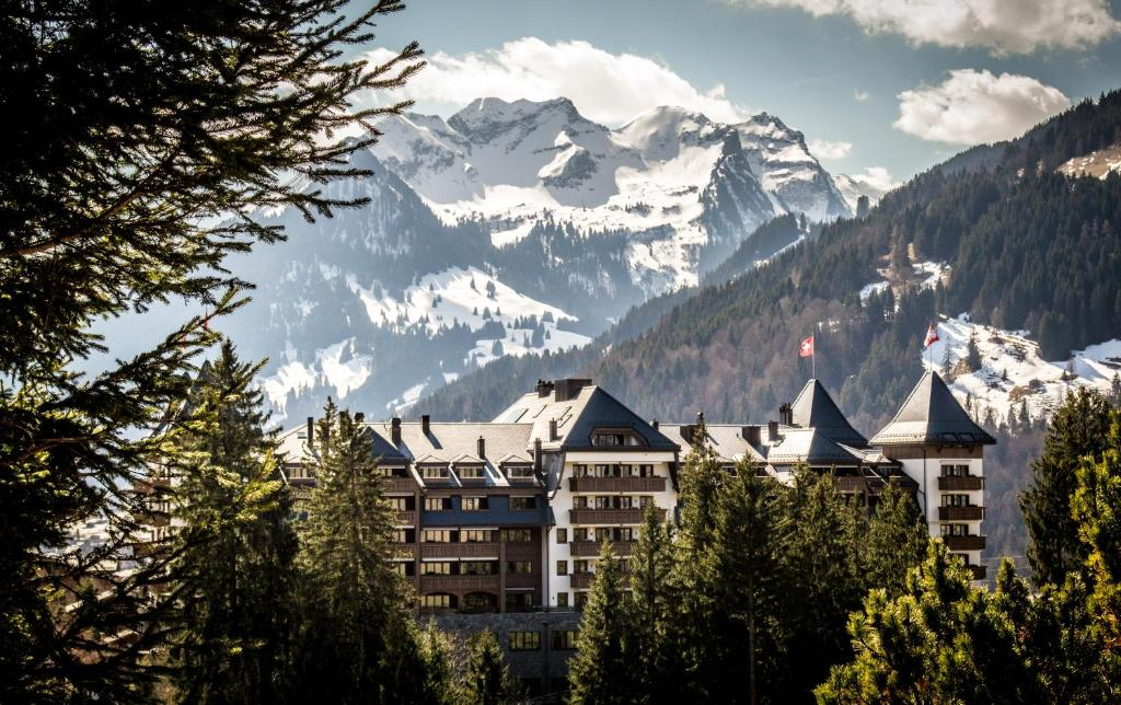 Hotel The Alpina Gstaad Switzerland Bookingcom - Hotel alpina gstaad
