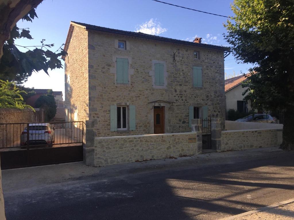 Apartments In Vallon-pont-d'arc Rhône-alps