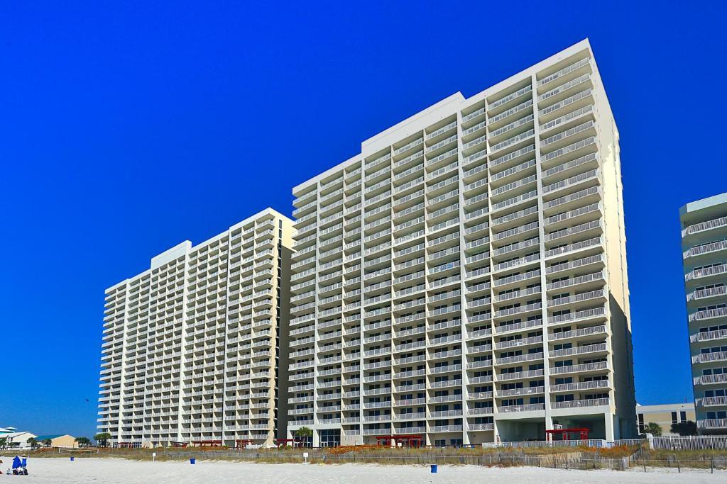 majestic beach tower 1 unit 513 condo panama city beach. Black Bedroom Furniture Sets. Home Design Ideas