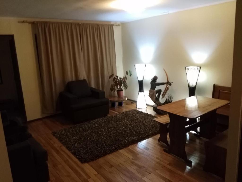 Vacation Home Casa Yagan, Punta Arenas, Chile - Booking.com