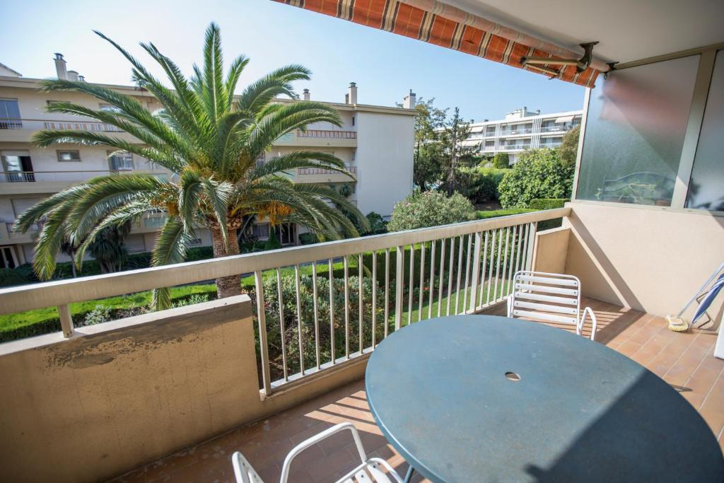 Apartment Le Petit JLP by Connexion, Antibes, France - Booking.com