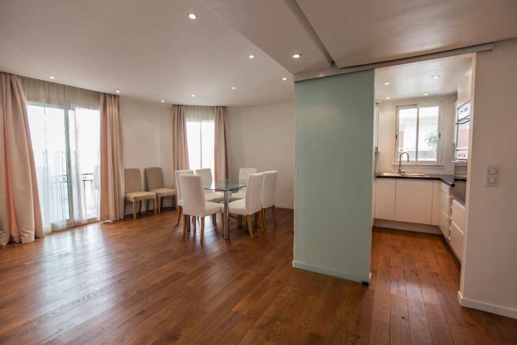 Imperial Apartment by Connexion, Cannes, France - Booking.com