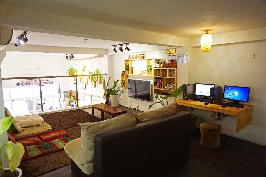 one stop hostel phnom penh cambodia booking com rh booking com