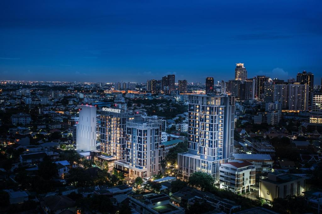 A bird's-eye view of Somerset Ekamai Bangkok