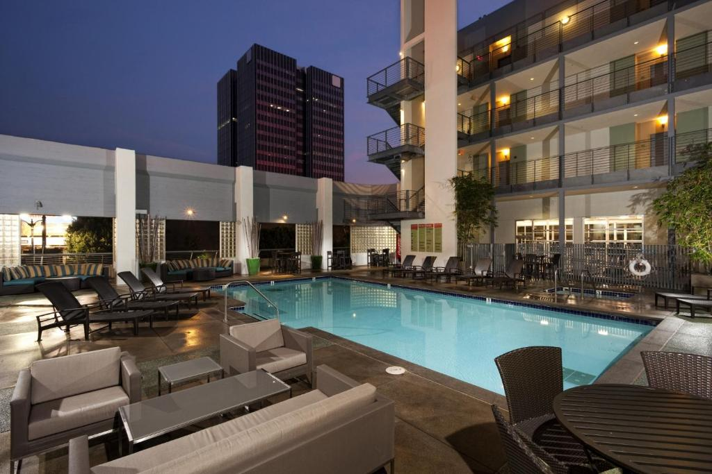 Amazing Central Hollywood Apartment, Los Angeles, CA - Booking.com