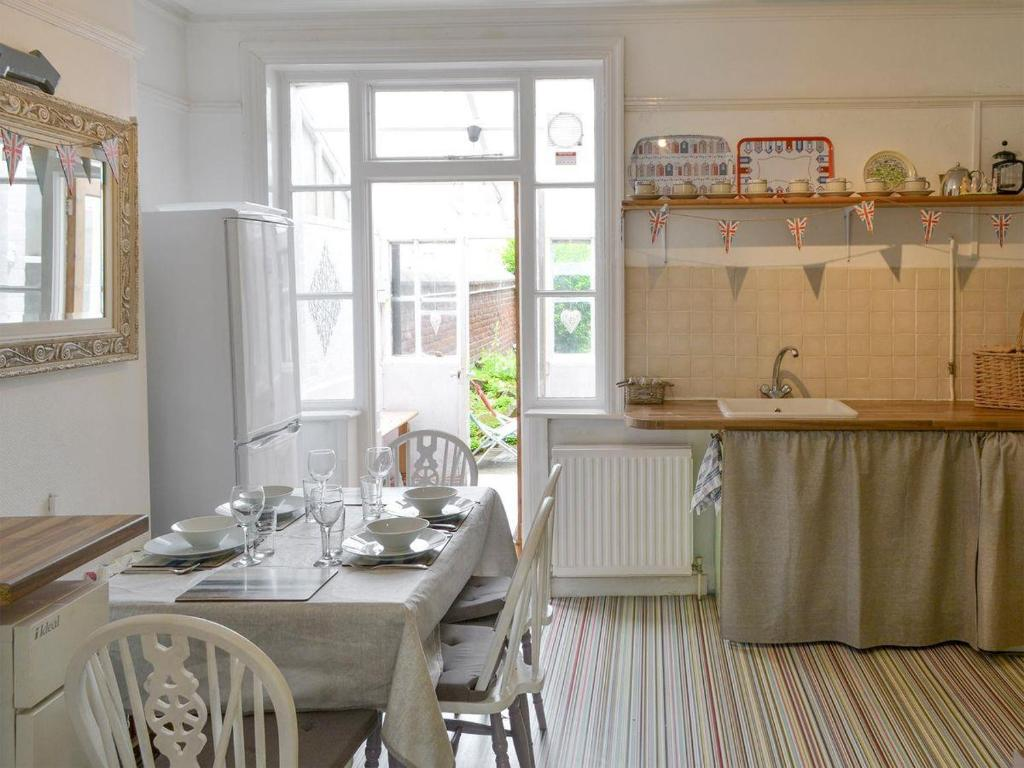 Chatsworth House Flat 1 Cromer Updated 2019 Prices