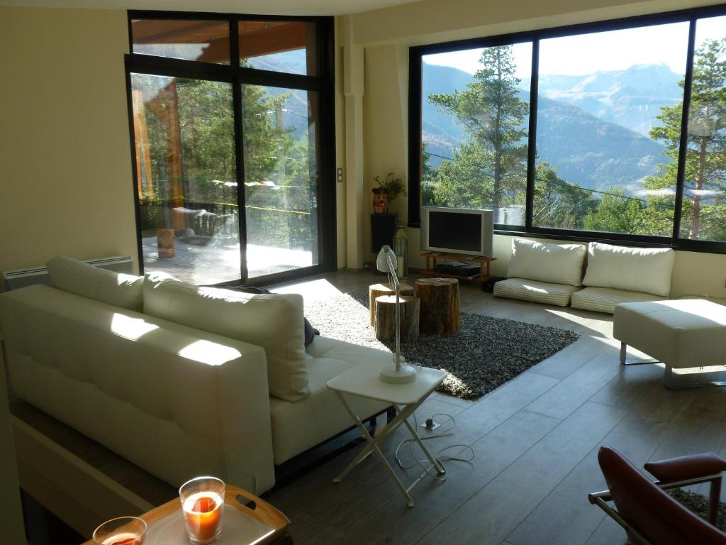 Chalet Contemporain Ubaye, Méolans, France - Booking.com