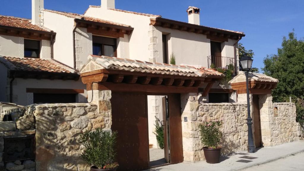 Casa de Campo Casas de la Fuente (Espanha Brieva) - Booking.com