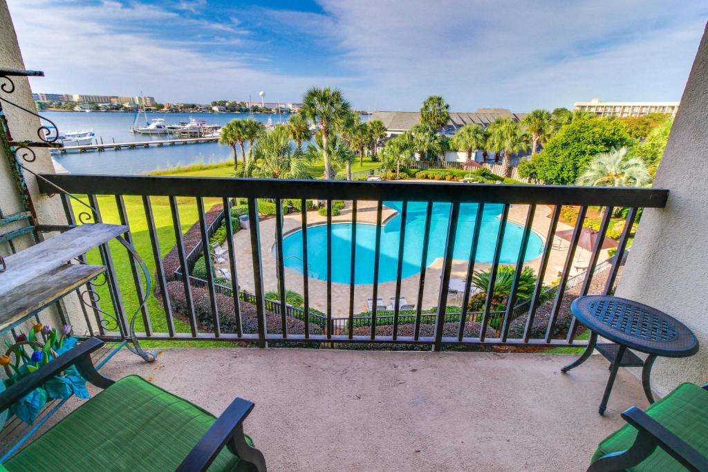Vacation home pirates bay a 309 fort walton beach fl booking gallery image of this property solutioingenieria Images