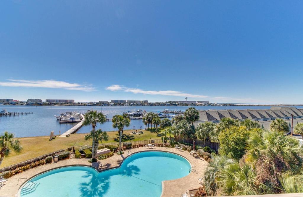 Vacation home pirates bay a 415 the blackbeard fort walton beach gallery image of this property solutioingenieria Images