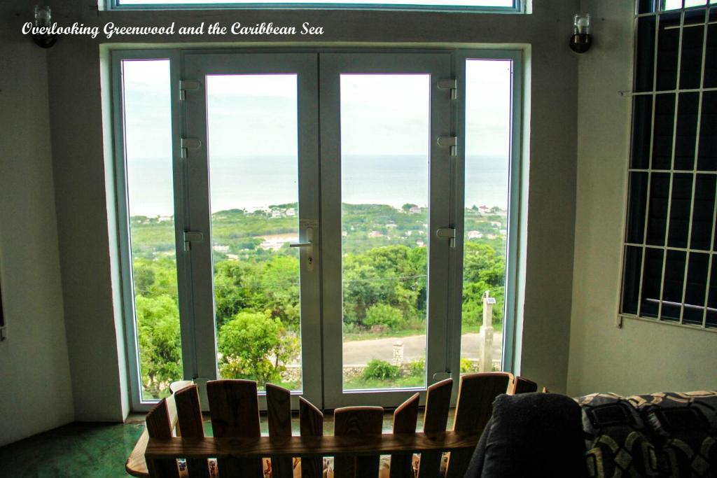 Sunshine Lodge: Your home away from home, Montego Bay – Updated 2018 ...