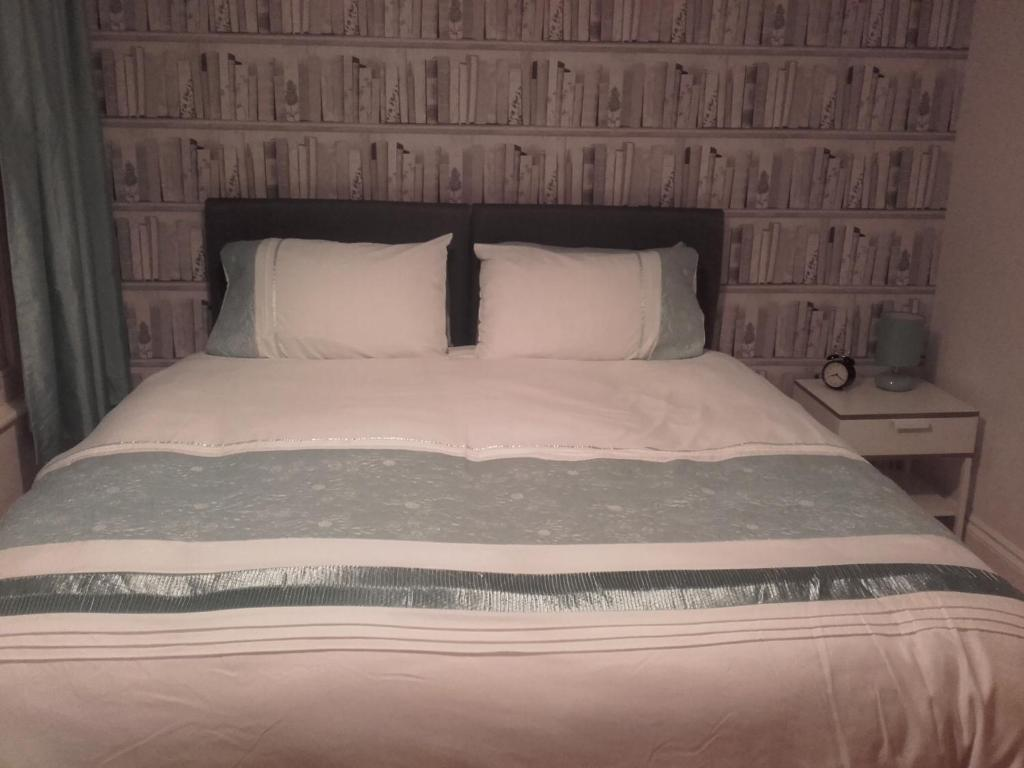 St Floor Consul Court Apartment Portsmouth Updated Prices - Bedroom furniture portsmouth
