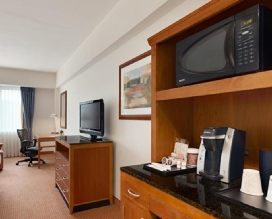 gallery image of this property - Hilton Garden Inn Ithaca