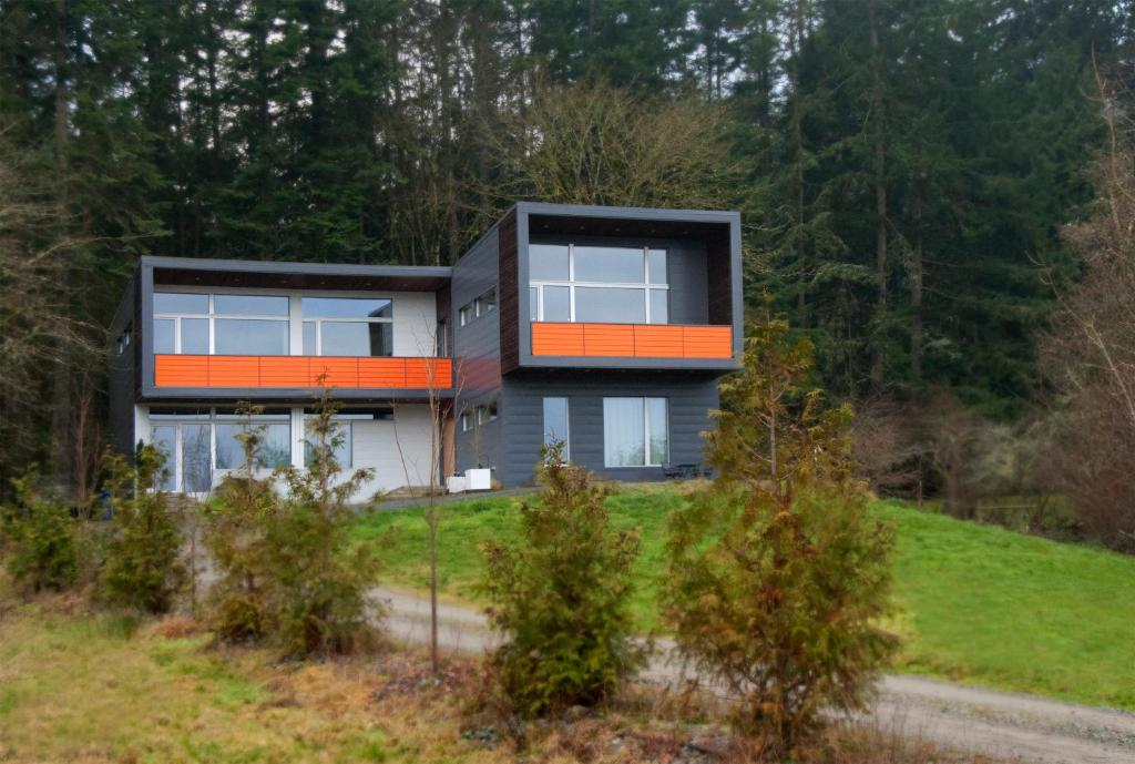 Apartments In Cliffside Vancouver Island