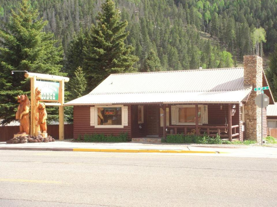 Three Bears Lodge Red River Nm
