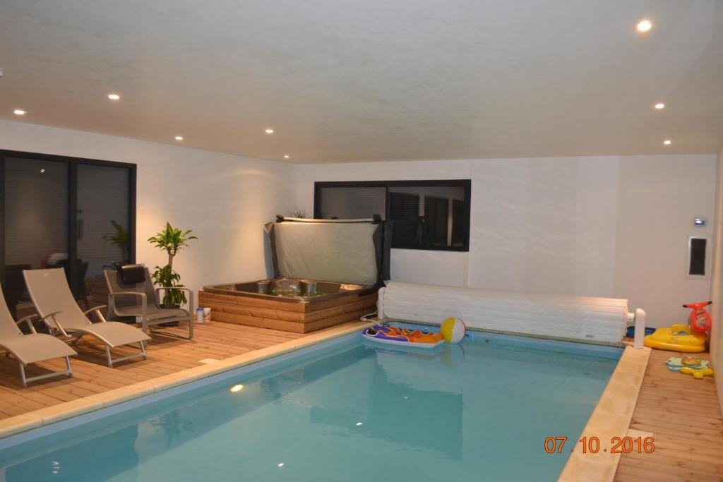 B&B / Chambres d\'hôtes Chambre avec piscine privée et Spa (France ...
