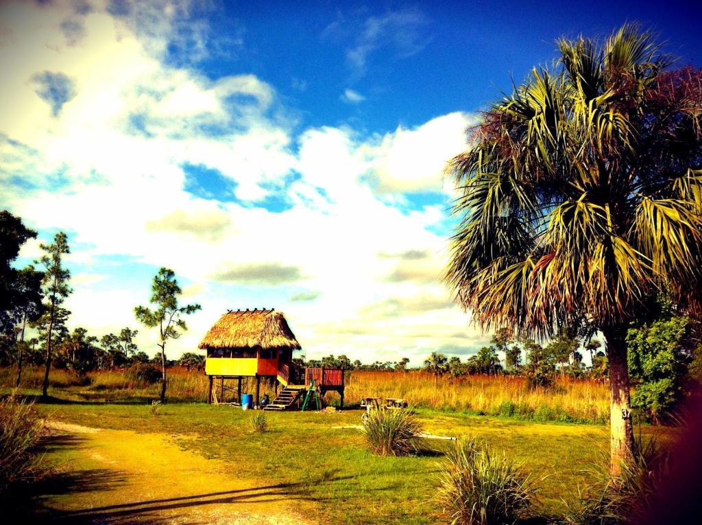 Ochopee Florida Map.Resort Village Everglades Chicke Ochope Ochopee Fl Booking Com