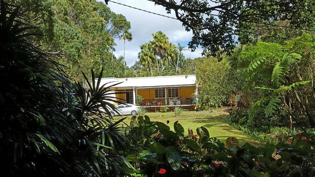 Pension Les Fraisiers Maison-Jardin (Mauritius Curepipe) - Booking.com